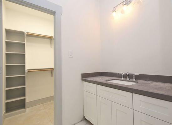 1834_CPD_Bedroom #4 Vanity & Closet