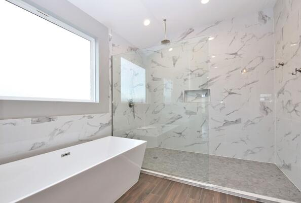 1838_CPD_Master Bathroom tub & shower